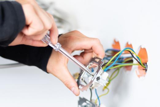 Entreprise rénovation électrique Caen