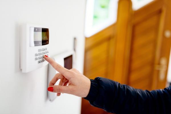 Installation d'un système d'alarme et de surveillance à Démouville